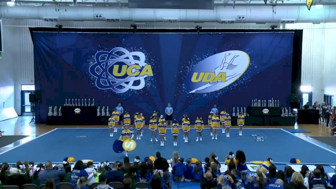 St Clare Junior High School - [2016 LARGE JR HIGH Regionals] UCA - Northeast Championship