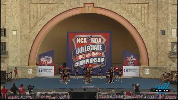 University of Louisville [2016 Small Coed Cheer Division IA Finals]