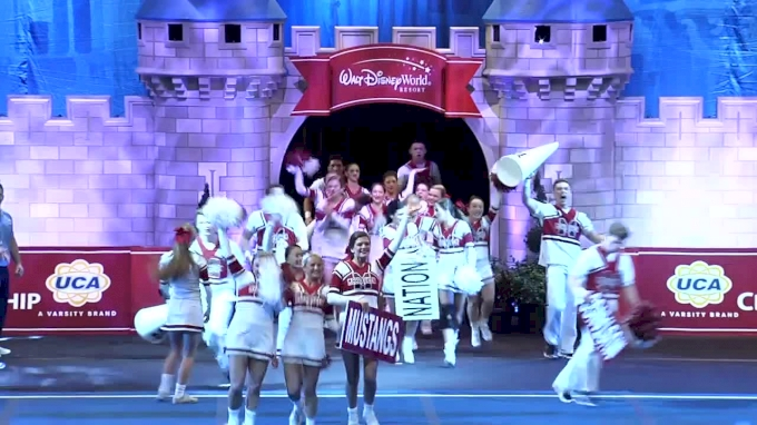 McCracken County High School [Medium Varsity Coed Finals - 2017 UCA National High School Cheerleading Championship]