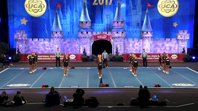 Houston Middle School [Large Junior High Finals - 2017 UCA National High School Cheerleading Championship]