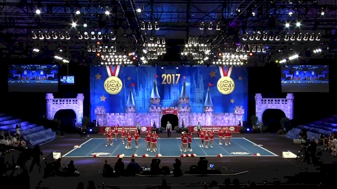 Hunterdon Central High School [Large Varsity Division I Finals - 2017 UCA National High School Cheerleading Championship]