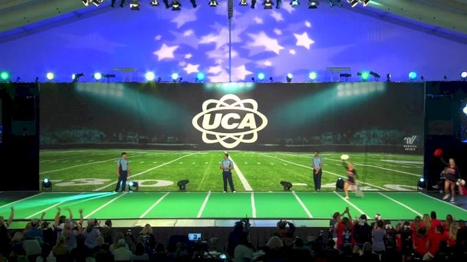 Oak Ridge High School (TX) [Game Day - Super Varsity Finals - 2017 UCA National High School Cheerleading Championship]