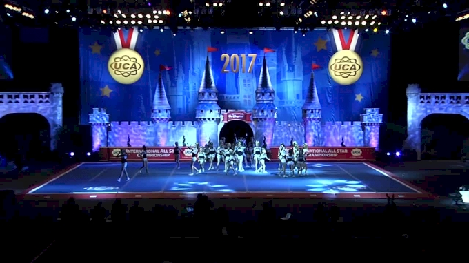 World Cup - Twinkles [L5 Large Youth Day 2 - 2017 UCA International All Star Championship]