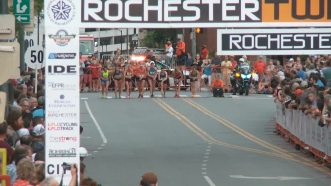 Women's Rochester Mile - Dana Mecke takes the W!