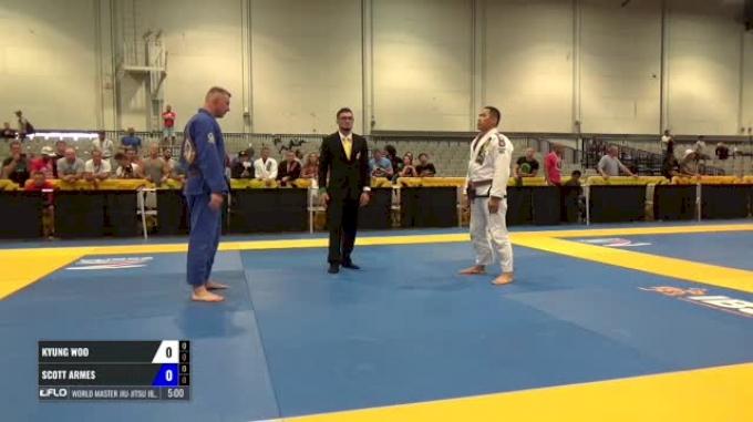 Kyung Woo vs Scott Armes World Master Jiu-Jitsu IBJJF Championship