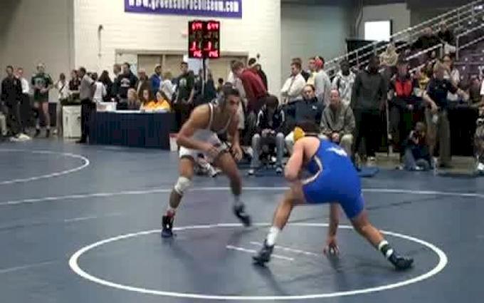 165lbs Brown (Old Dominion Univ) vs Gillespie (Hofstra Univ)