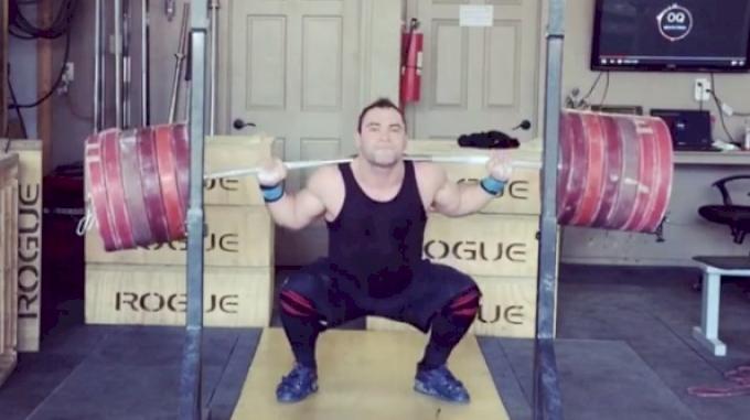 Vasily Polovnikov squats 320kg for 3