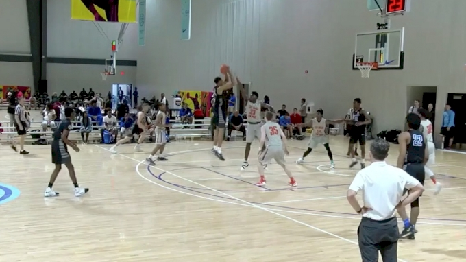 Darius Bazley Boosts MeanStreets' Stock For A Peach Jam Run