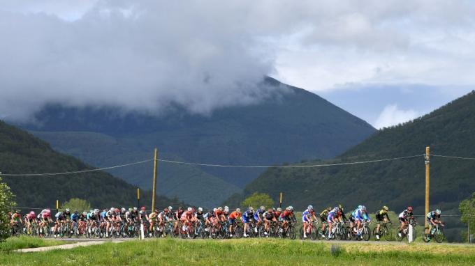Watch Now: 2018 Giro d'Italia, Stage 10