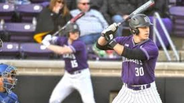 Northwestern Baseball.jpg