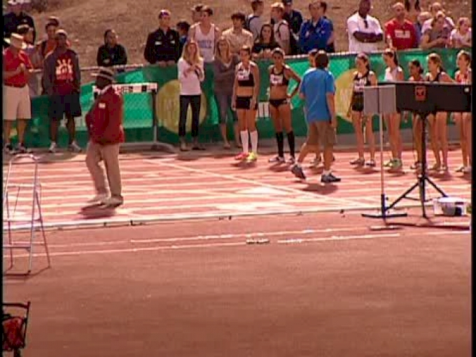 W 5k H01 (Elite Invite- Huddle hammers home, 2012 Mt SAC Relays)