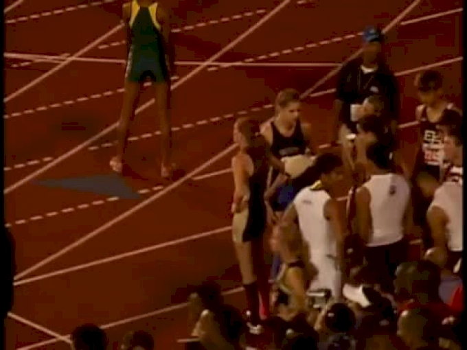 G 4x400 (4a, Courtney Okolo is cheat code fast UIL 2012 - Jaw Dropping, Best of 2012)