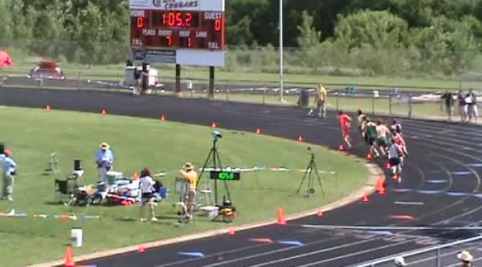 isaac and sean 800 finals lap 2