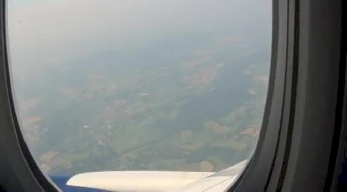 Ladies and Gentlemen we are landing in London