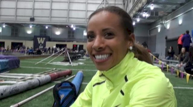 Lea Wallace pleased with opener in 800 at 2013 UW Invite