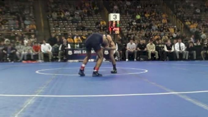 125lbs Quarter-finals Jesse Delgado (Illinois) vs. Alan Waters (Missouri)