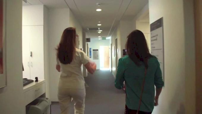 Julie Foucher (Trailer)