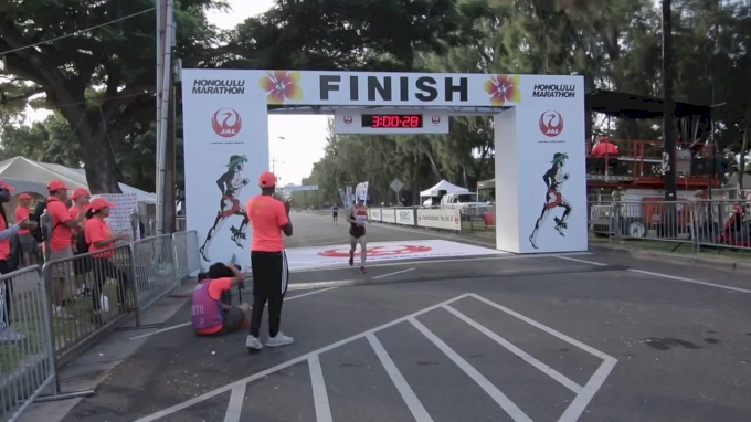 Nick Symmonds' Honolulu Marathon Finish